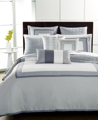 CLOSEOUT!  Modern Frame Twin Comforter