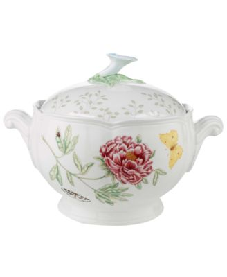 Butterfly Meadow Covered Casserole
