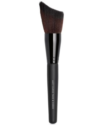 Soft Curve Face & Cheek Brush