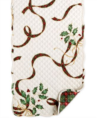 "Holiday Nouveau Quilt Reversible 70"" Runner"
