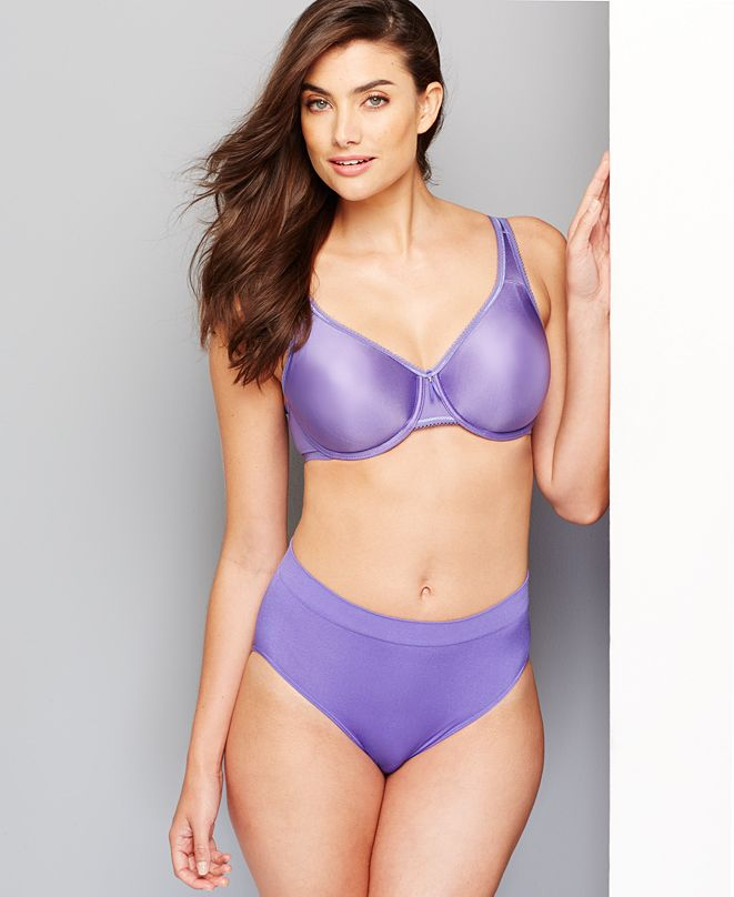 Wacoal Basic Beauty Full-Figure Underwire Bra and B-Smooth Brief
