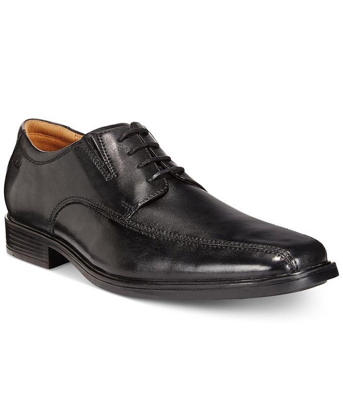 Clarks - Tilden Walking Shoes