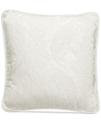 "Matelasse Damask 18"" Pillow"