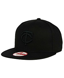 Minnesota Twins Black on Black 9FIFTY Snapback Cap