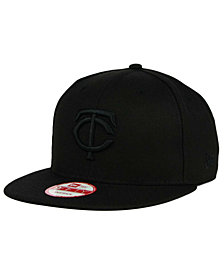 New Era Minnesota Twins Black on Black 9FIFTY Snapback Cap