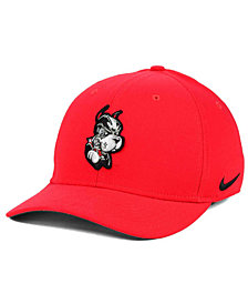Nike Boston Terriers Classic Swoosh Cap