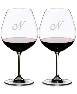 Vinum Monogram Collection 2-Pc. Script Letter Pinot Noir Wine Glasses