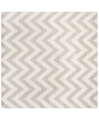 Amherst Indoor/Outdoor AMT419 5' x 5' Square Area Rug