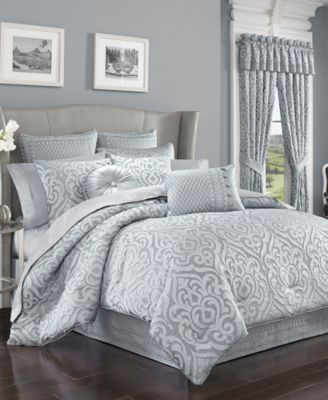 CLOSEOUT! Harrison Chrome Tufted Round Decorative Pillow