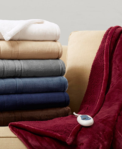 Beautyrest Oversized Solid Microlight Reverses to Micro Berber Heated Throw