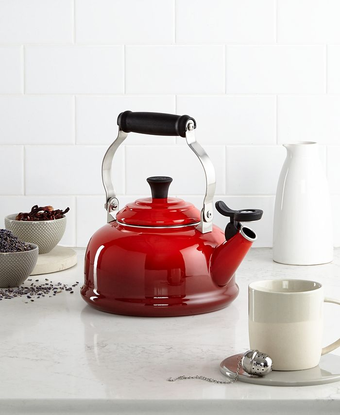 Le Creuset - Enameled Steel Whistling Tea Kettle