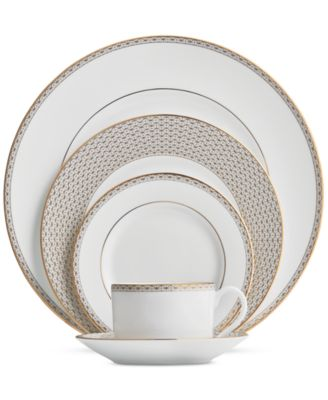 Lismore Diamond Gold Collection 5-Piece Place Setting