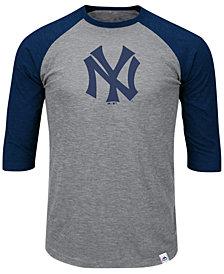 Majestic Men's New York Yankees Coop Grueling Raglan T-shirt