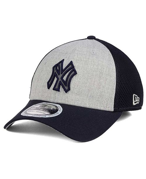 New Era New York Yankees Total Reflective 39THIRTY Cap - Sports Fan ... 0b6e1af69c55