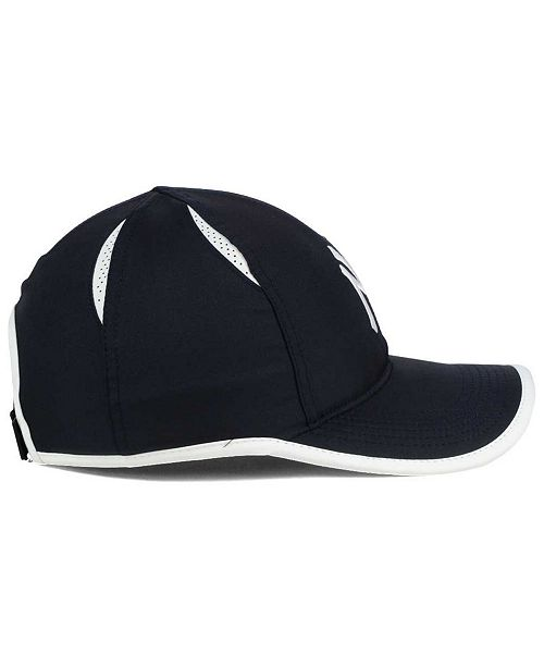 Nike New York Yankees Dri-FIT Featherlight Adjustable Cap - Sports ... 19ae1d84bd1