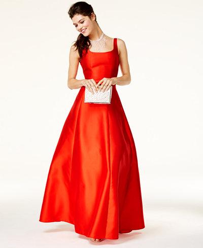 B Darlin Juniors' V-Back A-Line Gown