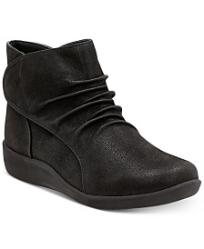 Clarks Women's Cloudsteppers™ Sillian Sway Booties