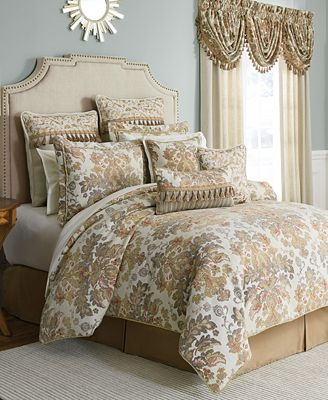 Croscill Nadalia Queen 4-Pc. Comforter Set