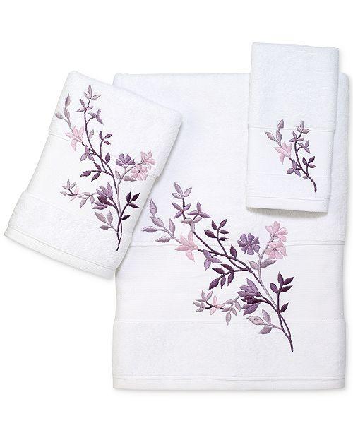 "Avanti Bancroft 11"" x 18"" Fingertip Towel"
