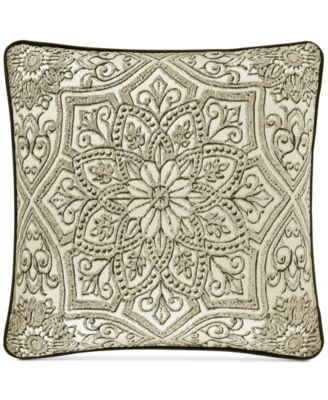 "Mirabella 18"" x 18"" Decorative Pillow"