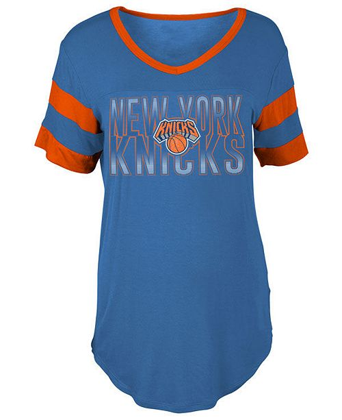 5th & Ocean Women's New York Knicks Hang Time Glitter T-Shirt