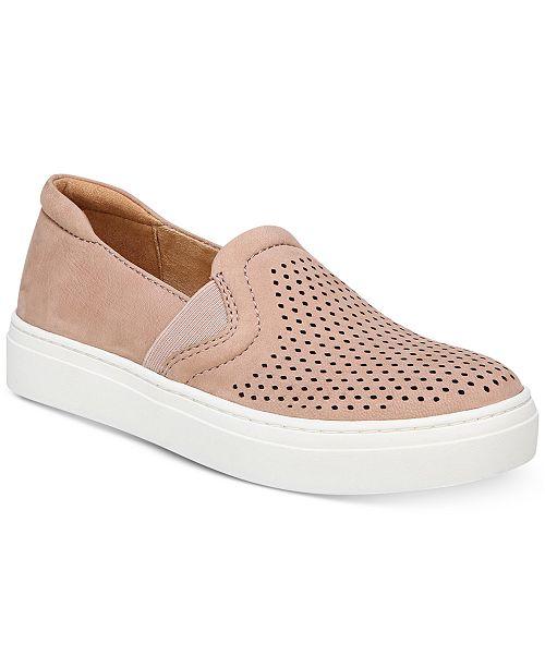 Naturalizer Carly 3 Slip On Sneaker (Women's) OcjSR