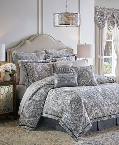 Croscill Seren 4-Pc. Chenille Damask Jacquard King Comforter Set
