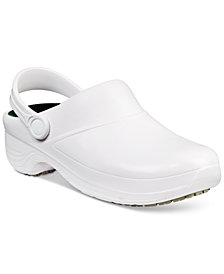 Easy Works by Easy Street Time Slip Resistant Clogs