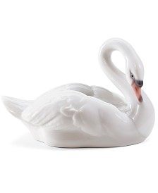 Lladro Collectible Figurine, Elegant Swan