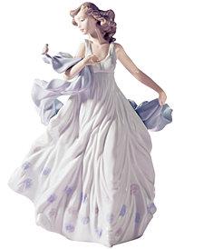 Lladro Collectible Figurine, Summer Serenade