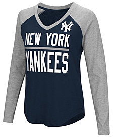 G-III Sports Women's New York Yankees Power Hitter Raglan T-Shirt