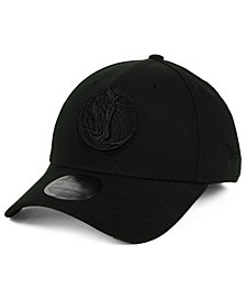 New Era Dallas Mavericks Blackout 39THIRTY Cap