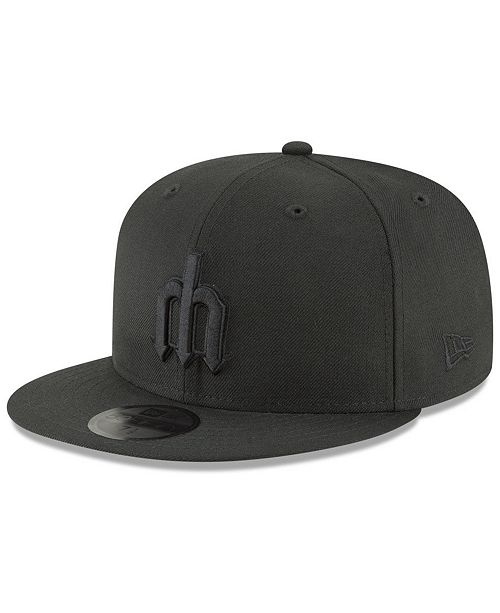 detailed look 02490 c2a14 ... New Era Seattle Mariners Blackout 59FIFTY FITTED Cap ...