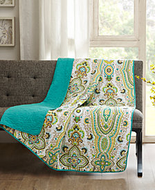"Intelligent Design Tasia 60"" x 70"" Oversized Quilted Printed Throw"