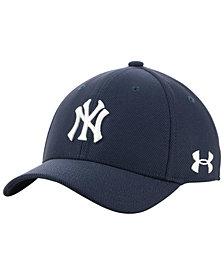 Under Armour Boys' New York Yankees Adjustable Blitzing Cap