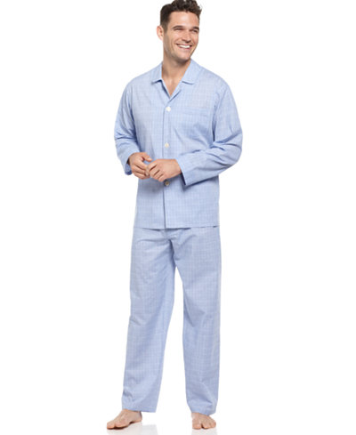Different types of men's sleep sets. Men's pajama sets come in several fabrics and styles to fit your lifestyle. From satin to flannel, these men's pajamas give you several options to consider.