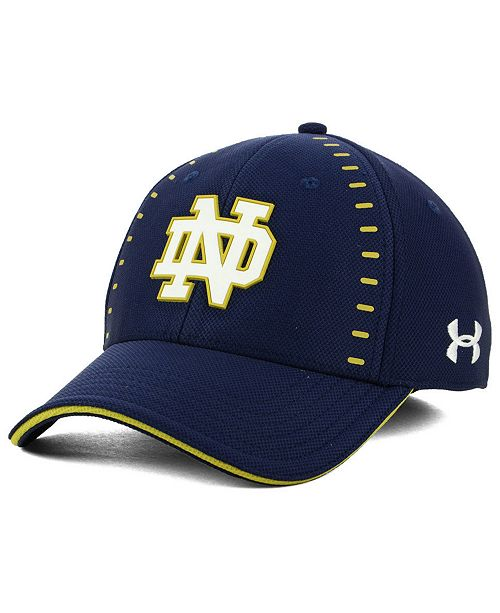 Under Armour Notre Dame Fighting Irish Blitzing Flex Stretch Fitted ... b024009b03c1