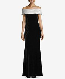 Betsy & Adam Petite Off-The-Shoulder Velvet Gown