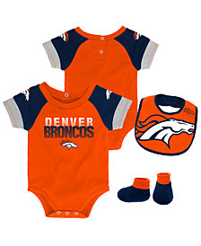 Outerstuff Denver Broncos Dash Bib & Bootie Set, Infants (0-9 Months)