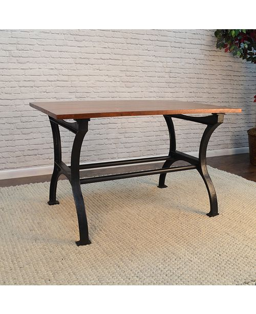 Furniture Carson Dining Table, Quick Ship