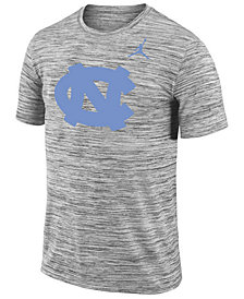 Nike Men's North Carolina Tar Heels Legend Travel T-shirt