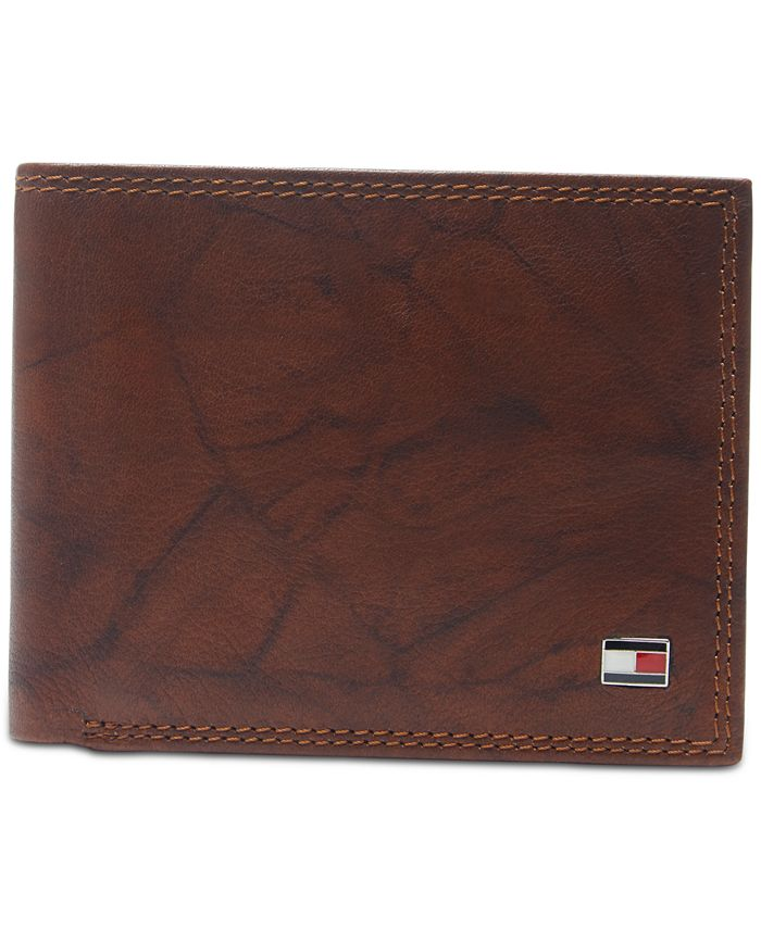 Tommy Hilfiger - Men's Traveler Extra-Capacity Leather Wallet