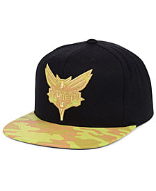 Mitchell & Ness Charlotte Hornets Natural Camo Snapback Cap