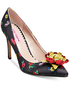Betsey Johnson Kamile Floral Pumps