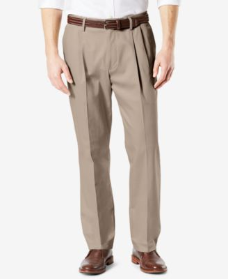 Men's Signature Lux Cotton Classic Fit Pleated Stretch Khaki Pants
