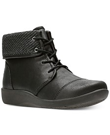Clarks Collection Women's Cloudsteppers Sillian Frey Booties