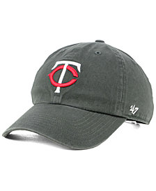 '47 Brand Boys' Minnesota Twins Charcoal CLEAN UP Strapback Cap
