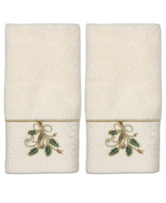 Bath Towels, Ribbon and Holly Boxed Fingertip Towel Set