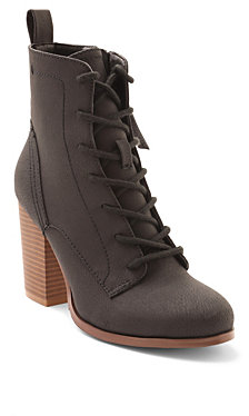 XOXO Magar Lace Up Booties