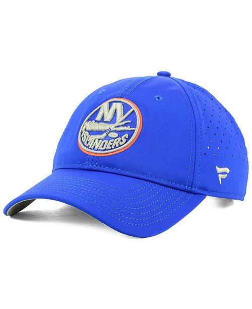 low priced 64131 4486d New York Islanders Pro Clutch Adjustable Cap